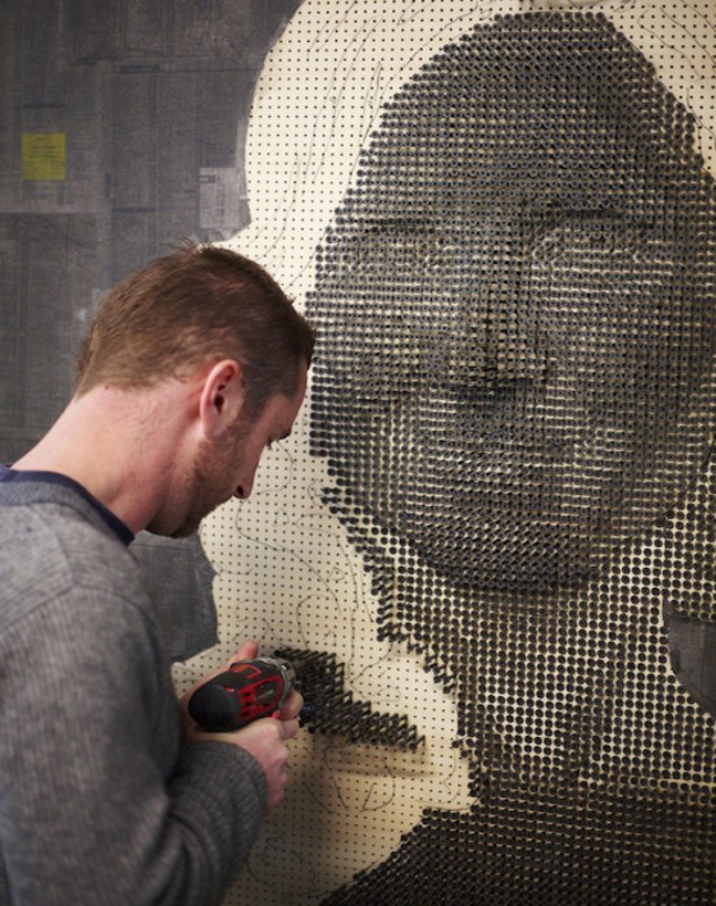 Screw1 Artist Creates 3D Portraits Using 10,000 Screws