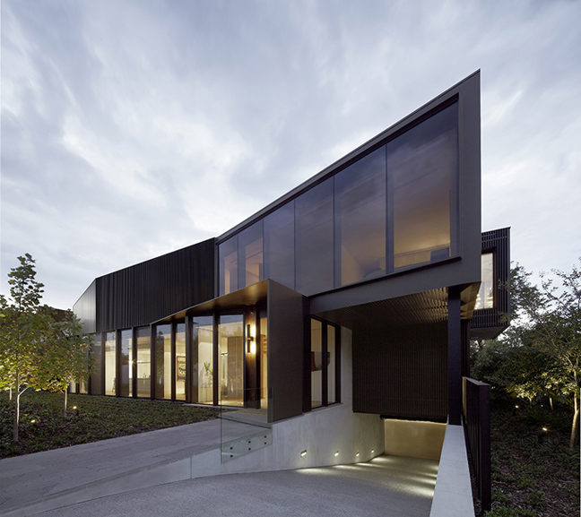 ShroudedH2 The Incredible Shrouded House Of Melbourne, Australia Will Make You Hate Your Own Home