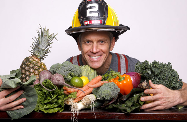 Engine2Diet Vegan Firefighter Is Inspiring Americas Firefighters To Go Vegan With My Beef With Meat