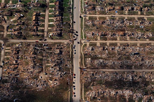 NASAs Ominous Satellite Footage Of Oklahomas Deadly EF Tornado - Satellite footage
