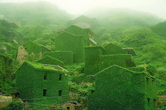 The abandoned Chinese fishing village of Houtou Wan on Gouqi Island